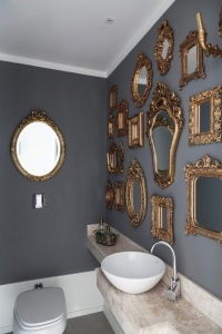 Lavabo Com Vários Espelhos
