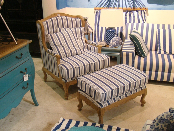 Poltrona Arm Chair Azul - Ishela - www.ishela.com.br