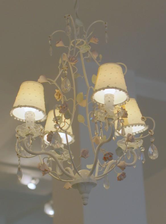 Lustre Arco Iris com 04 cúpulas - Celina Dias Bebê -