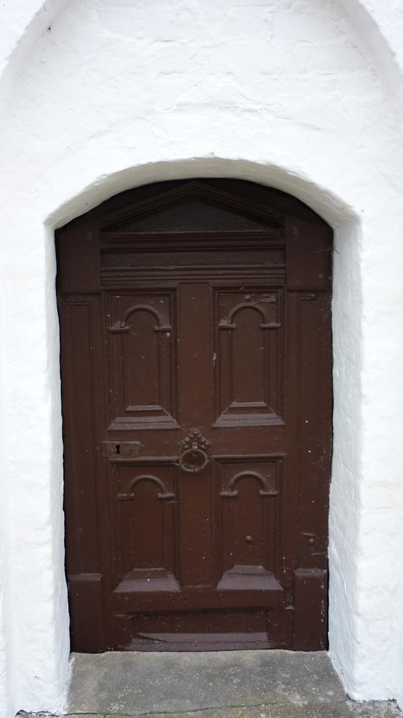 Porta lateral Igreja