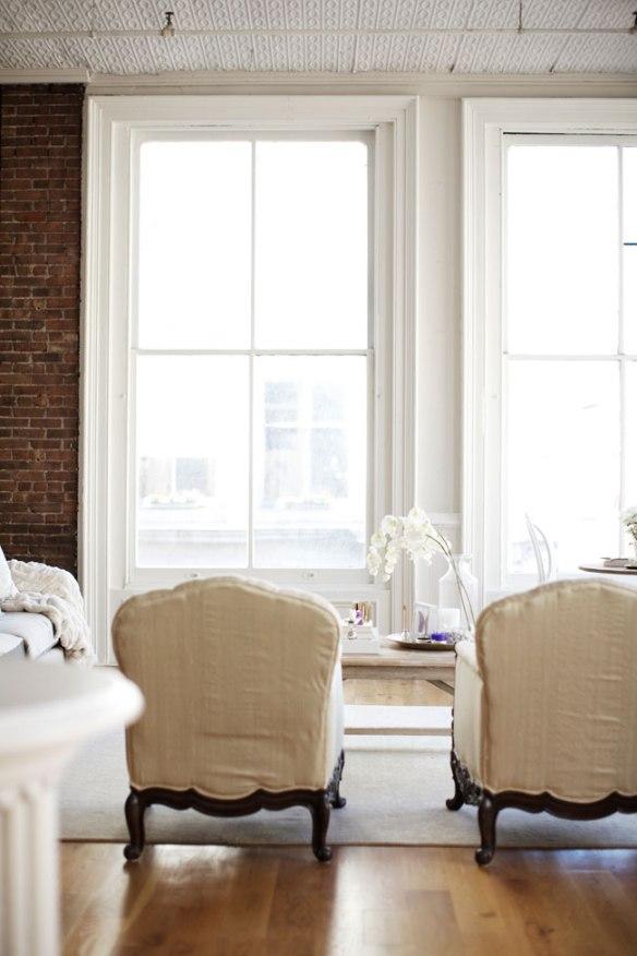elegant-white-living-room