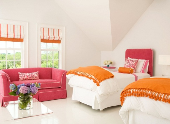 summer-house-interior-design-by-lynn-morgan-studio-13-perfect-bedroom-with-orange-pink-accents