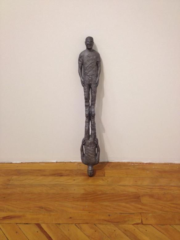 Escultura por Gustavo Rezende