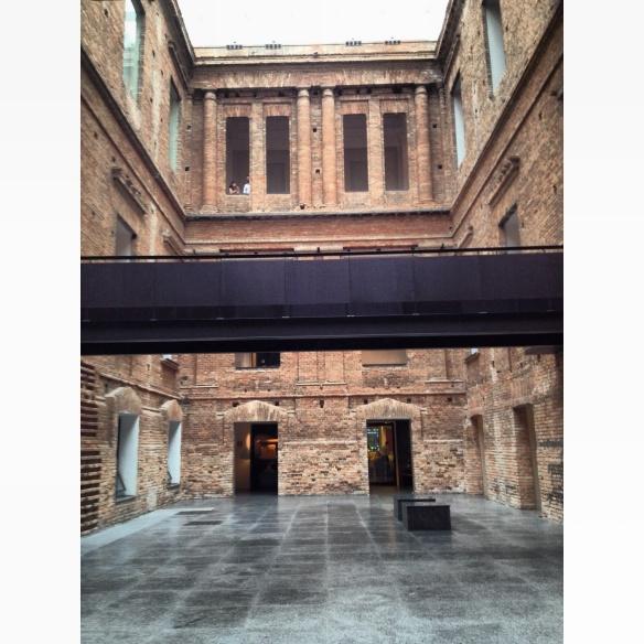 patio interno pinacoteca 3