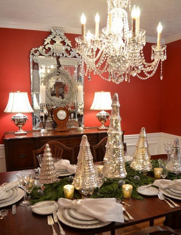 christmas-tree-mercury-glass-table-scape-silver-mercury-glass-tree-d3087382e5f513c5