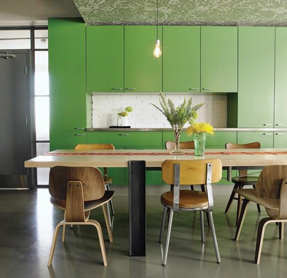 4-decorating-with-pantone-greenery-bricaultdesign-hh_oc07